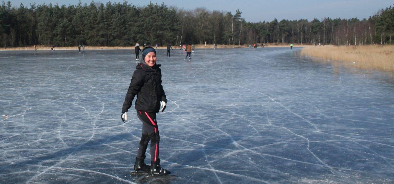 Vivianne - schaatsen op natuurijs